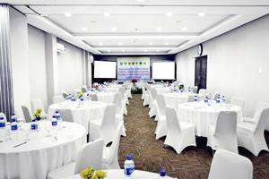 Lampion Hotel Solo - Meeting room