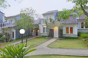 Pesona Alam Resort Bogor - Villa front view