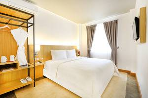 Pesona Alam Resort Bogor - King Size Bed Villa Deluxe 3 Bedroom