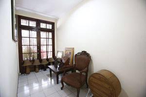 RedDoorz @Mampang 23 Jakarta - Interior
