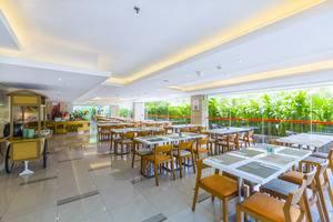 HARRIS Hotel Kuta Galleria Bali - RESTORAN
