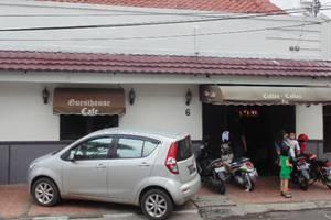 Venice Guesthouse Bandung