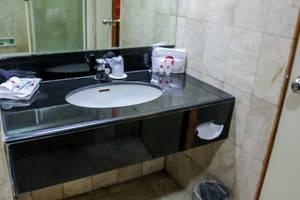 NIDA Rooms Cemara 1 Grand Indonesia - Kamar mandi