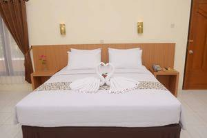 Manyar Garden Hotel Banyuwangi - Yunior Suite