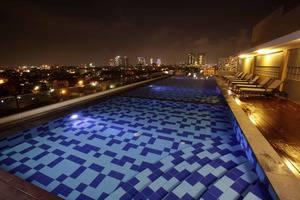 Saka Hotel Premiere Medan - Kolam Renang