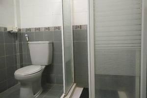 Hotel Kurnia Perdana Bandar Lampung - Kamar mandi
