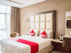 OYO 676 Nasa Hotel