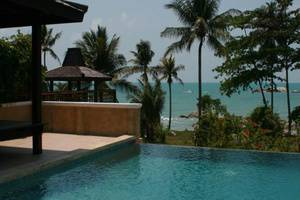 Istana Pool Villas & Spa Pangkalpinang - Eksterior