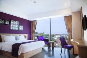 Grand Edge Hotel Semarang - Deluxe Premium