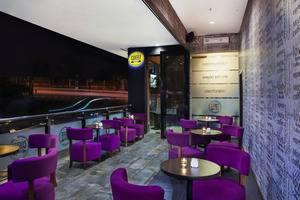Grand Edge Hotel Semarang - Coffee Corner