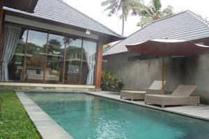 Umae Villa Bali - Kolam Renang