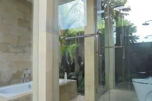 Umae Villa Bali - Kamar mandi