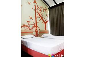 Villa Lavender Istana Bunga Lembang Bandung - Kamar tamu