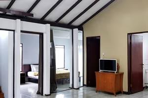Villa Lavender Istana Bunga Lembang Bandung - Ruang TAmu
