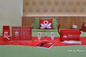 ZEN Rooms Green Apple Tanah Abang - Family Room