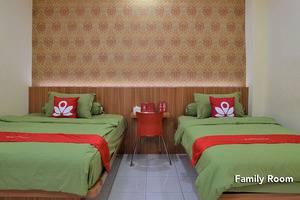 ZEN Rooms Green Apple
