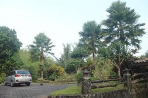 Ndalem Joglo Hinggil Private Villa Yogyakarta - Exterior
