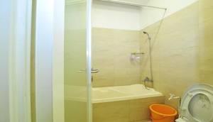 Arsallya Hotel Bandung - Bathroom