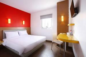Amaris Hotel Palembang - Kamar Double