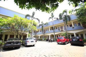 RedDoorz @Karet Pedurenan 3 Jakarta - Eksterior