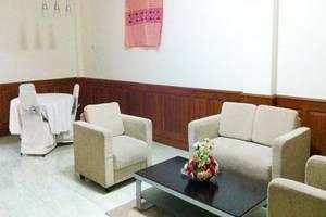 Athaya Hotel & Restaurant Kendari - Ruang tamu