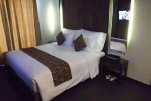 Ping Hotel Seminyak - Deluxe Double