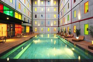 Pop Hotel Kuta - Kolam Renang