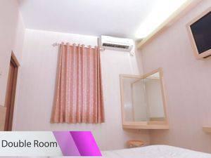 Malioboro Palace Yogyakarta - Deluxe Double Room