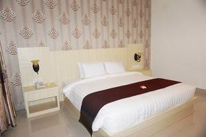 Puri Saron Senggigi Beach Resort Lombok - Junior Suite