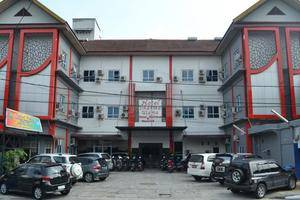 Hotel Dharma Utama Pekanbaru - Eksterior