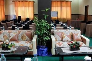 Hotel Dharma Utama Pekanbaru - Meeting room
