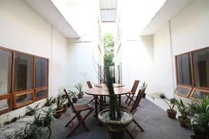 NIDA Rooms Jembatan Merah Depok Jogja - Pemandangan Area