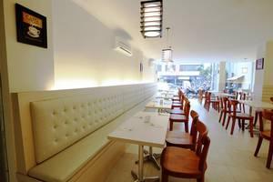 Nite and Day Jakarta Roxy Jakarta - Restoran