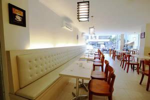 Nite and Day Jakarta Roxy Jakarta - Reataurant