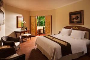 Grand Mirage Resort Bali - Kamar Deluxe dengan view taman