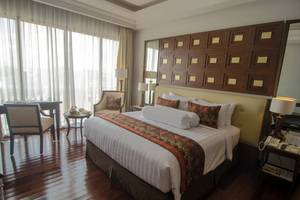 The Sunan Hotel Solo - Executive Business Room