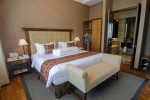 The Sunan Hotel Solo - Junior Suite Room