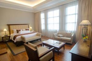 The Sunan Hotel Solo - Suite Room