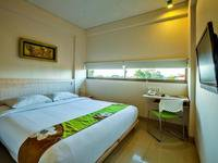 J Hotel Kuta - Cozy Double With Breakfast WeekDay