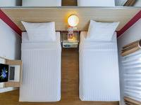 Red Planet Jakarta Pasar Baru - Twin Room Only RED DEAL Regular Plan