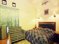 Hotel Bali Indah Bandung - Deluxe Room Only Save 50%