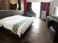 Hotel Pesona Cikarang Bekasi - Deluxe Room Only Regular Plan