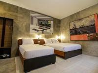 Watu Agung Guesthouse Magelang - Deluxe Triple Save 15%