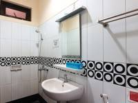 FR Guest House Jakarta - Deluxe Room MINIMUM STAY