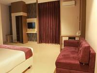 Smile Hotel Cirebon - Deluxe Room Regular Plan