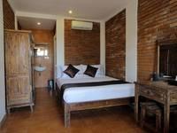 RedDoorz near Raya Semer Bali - RedDoorz Room Regular Plan