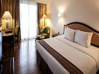 Mason Pine Hotel Bandung - Deluxe King With Breakfast Regular Plan