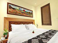 Alron Hotel Kuta - Superior Balcony Room Only  Last Minute