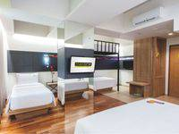 MaxOneHotels at Dharmahusada  Surabaya - Love Room Regular Plan