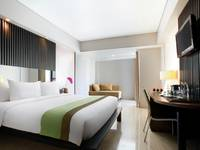 Hotel Santika Kuta Bali - Deluxe Suite Room King Last Minute Deal